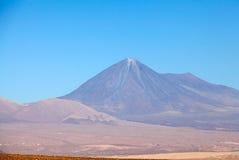 Licancabur i den Atacama öknen, Chile Arkivfoto