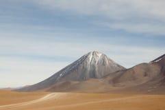 Licancabur vulkan - San Pedro de Atacama - Chile Arkivfoton