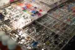 Lichaam het doordringen juwelen Stock Foto's