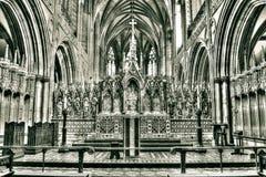 Lichfield Katedralny Wysoki ołtarz HDR Zdjęcia Stock