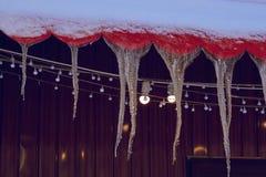 licht aangestoken ijskegels stock foto
