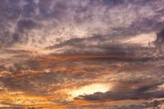 Licht bei Sonnenuntergang auf cloudscape Stockfotografie