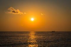 Licht der Fischer morgens lizenzfreies stockfoto