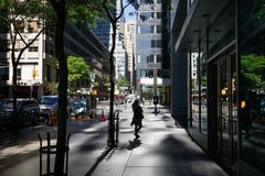 Licht en schaduwen op het Ave van Lexington in NYC Royalty-vrije Stock Afbeeldingen