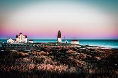 Licht Huis bij de Oceaan Stock Fotografie