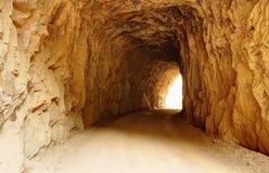Licht im Tunnel Stockbilder