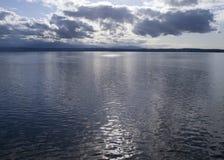 Licht op Oceaan Royalty-vrije Stock Fotografie