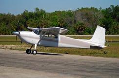 Licht privé vliegtuig Royalty-vrije Stock Foto's