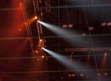 Licht von der Szene während des Konzerts Lizenzfreie Stockfotografie