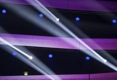 Licht von der Szene während des Konzerts Stockbild