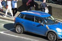 Lichtblauw Mini Cooper Royalty-vrije Stock Fotografie