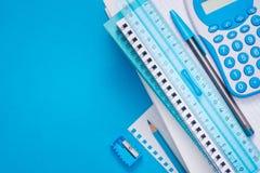 Lichtblauwe kantoorbehoeften Royalty-vrije Stock Foto