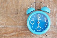 Lichtblauwe klok Royalty-vrije Stock Fotografie