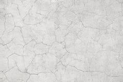 Lichte concrete muur met barsten Royalty-vrije Stock Fotografie