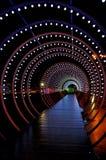 Lichte de Vakantiecirkel van manierkerstmis en tunnel van lichten royalty-vrije stock afbeelding
