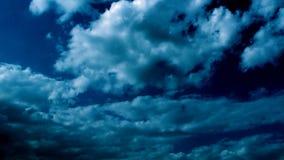 Lichte en Donkerblauwe Wolken Hd 2 stock videobeelden