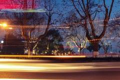 Lichte slepen bij nacht Stock Foto's