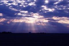Lichte stralen van de blauwe hemel Stock Afbeelding
