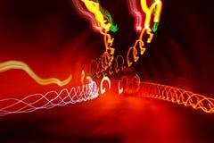 Lichten in de donkere tunnel Stock Foto's