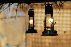 Lichten in hut stock afbeelding