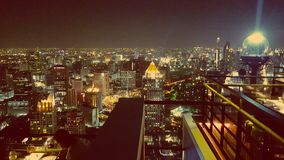 Lichten over Bangkok, Thailand bij nacht Royalty-vrije Stock Foto's