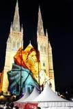 Lichten van Kerstmis @ St Mary Kathedraal, Sydney, Australië royalty-vrije stock foto's