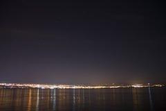 Lichten van Rijeka, Kroatië onder nachthemel Royalty-vrije Stock Fotografie