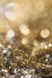 Lichter auf grauem silbernem Weihnachtshintergrund Lizenzfreie Stockfotos