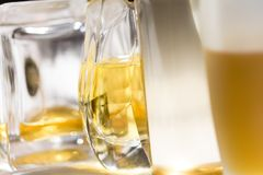 Lichtfarben und Aura mit Parfümen lizenzfreies stockfoto