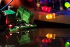 Lichtgevende LEDs en elektronische componenten Stock Fotografie
