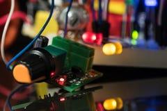 Lichtgevende LEDs en elektronische componenten Stock Foto