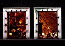 Lichtgevende vensters Royalty-vrije Stock Afbeeldingen