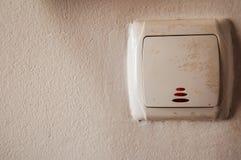 Lichtschalter mit rotem LED-` s lizenzfreies stockfoto