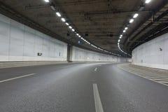 Lichtspuren im Tunnel stockfoto