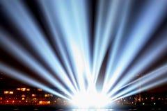 Lichtstrahlen auf der Promenade Stockbilder