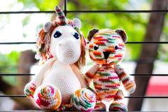 Licorne et ours de SUCRERIE d'AMIGURUMI Images libres de droits