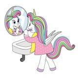 Licorne mignonne avec des ailes dans des pyjamas se brossant les dents devant un miroir illustration libre de droits