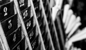 Liczący stary i zatarty czasu zegaru poncza karty ściany stojak Zdjęcia Royalty Free