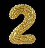 Liczba 2 dwa zrobił zmięta złocista folia odizolowywająca na czarnym tle 3d Fotografia Royalty Free