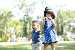 Śliczna dzieciaków braci sztuka wpólnie Zdjęcie Stock