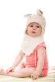 Śliczna dziewczynka w puszystym królika kapeluszu Fotografia Royalty Free