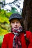 Ślicznej nastoletniej dziewczyny jesienny portret Zdjęcia Royalty Free
