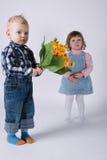 Śliczni dzieci na dacie Zdjęcia Stock