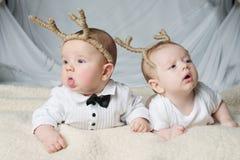 Śliczni dzieci z jelenimi rogami Zdjęcie Royalty Free