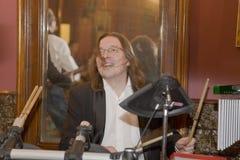 Lider koktajl, piosenkarz i muzyk Konstantin Kuveyzev grupowi, Obraz Stock