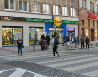 Lidl商店在布拉索夫市中心,斯洛伐克 免版税库存照片