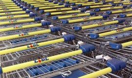 Lidl shoppingvagnar Arkivfoto