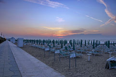 Lido Di Jesolo, Italië, zonsopgang bij strand Stock Foto