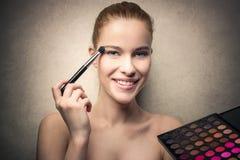Lidschatten und Lipgloss Stockbilder