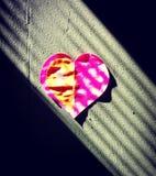 Liebe des purpurroten Herzens Lizenzfreies Stockfoto